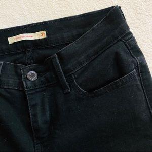 SOLD Levi's 710 Super Skinny Jeans in Black Sz 27